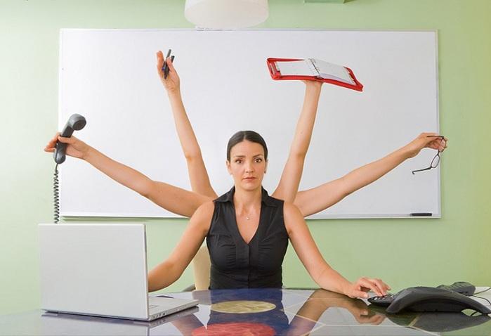 Сумісник працює у вихідний: що з тривалістю робочого часу?