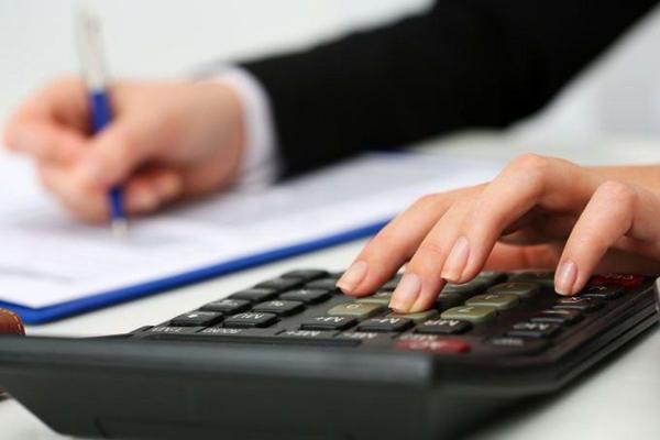 Прикарпатці можуть повернути помилково або надміру сплачені суми податкових платежів