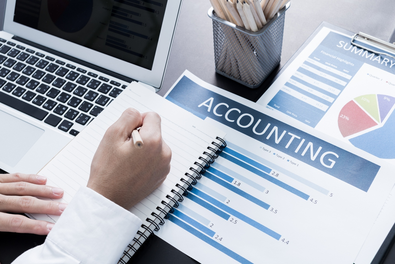 What an Accounting Job Looks Like: перевір свою фінансову ...